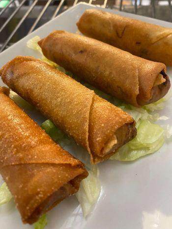 Moo Dang Thai Restaurant, Fried Spring Rolls (4)