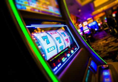 Rail City Casino, Slots