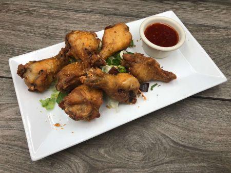 Moo Dang Thai Restaurant, Chicken Wings