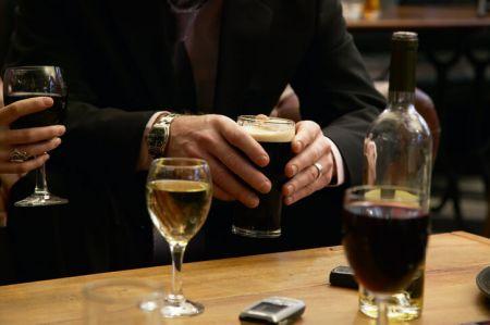Midtown Wine Bar, Happy Hour